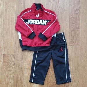 Jordan infant tracksuit